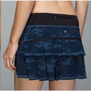 Lululemon run pace setter skirt size Reg:6